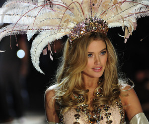 Victoria's Secret, model, and Doutzen Kroes image