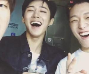 Ikon, b.i, and bobby image