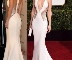 dress, golden globes, and kate hudson image