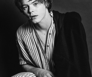 charlie heaton and stranger things image