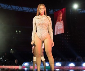 mrs carter, london, and queen bey image
