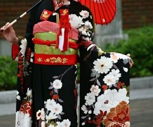 kimono image