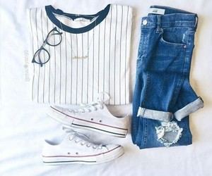 accesories, clothes, and converse image