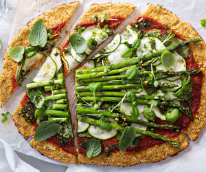 pizza, healthy food, and vegan image