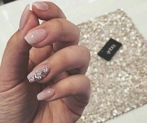 diamonds, pinky, and nails image