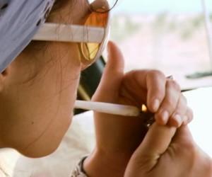 girl smoke joint image