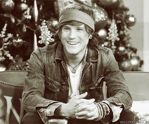 McFly and dougie poynter image