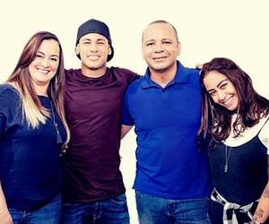 family, rafaella, and neymar image