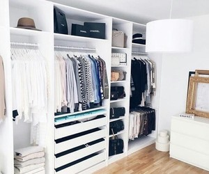 closet and room image