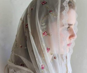 embroidery, lace, and veil image