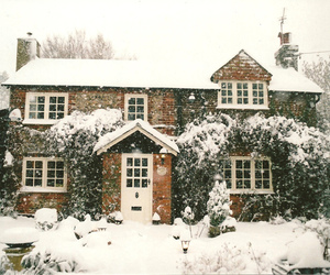 snow, house, and winter image