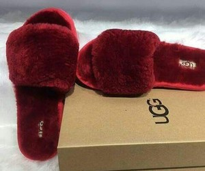 uggs, fashion, and slippers image
