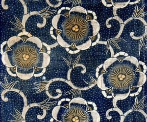 blue and pattern image