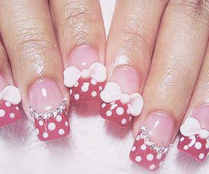 nails and bow image