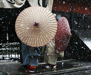 japan, geisha, and snow image