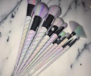 makeup, unicorn, and Brushes image