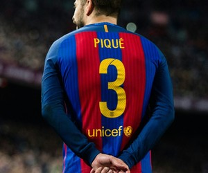 football, fc barcelona, and gerard piqué image