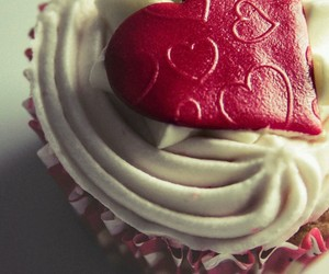 cupcake, heart, and my weakness image