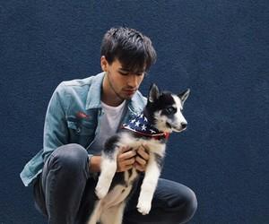 jacob whitesides and dog image