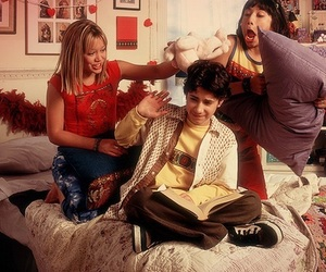 Hilary Duff, lizzie mcguire, and gordo image