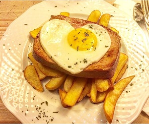 chips, delicious, and eggs image