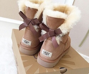 ugg, winter, and shoes image