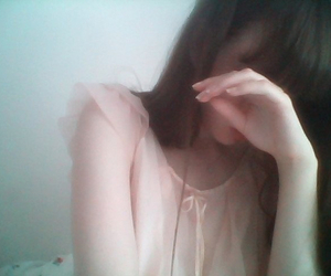 aesthetic, girl, and pale image