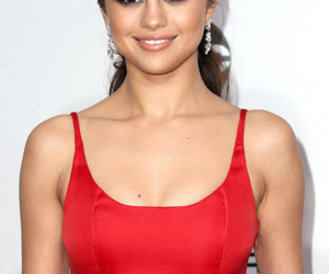 selena gomez and Queen image