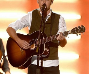 niall horan, amas, and one direction image