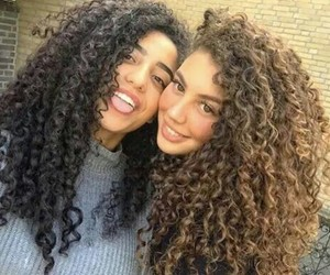 curly and friends image