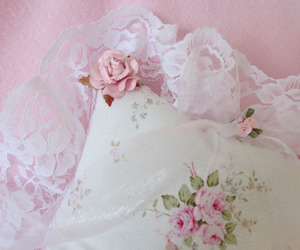flowers, shabby chic, and cottage image