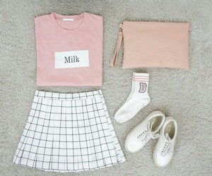 outfit, pink, and ulzzang image