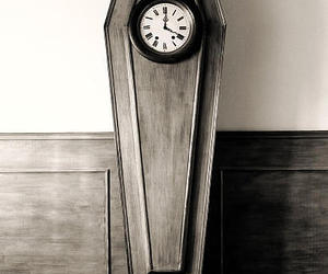 clock and death image