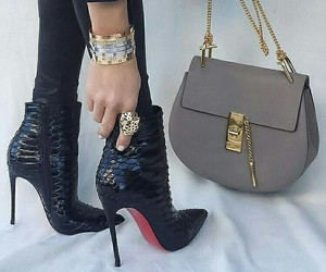 bag and heels image