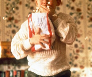 home alone, christmas, and popcorn image