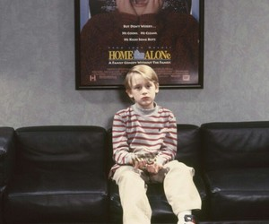 home alone, Macaulay Culkin, and movie image