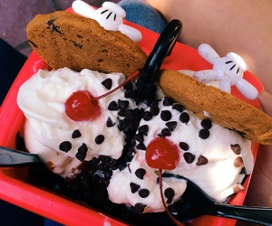 california adventure, delicious, and disney food image