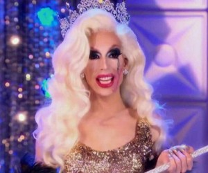 all stars, drag queen, and winner image