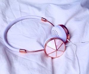 headphones, rosegold, and cute image
