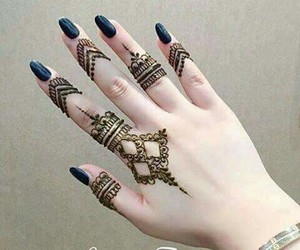 beautiful, fingers, and henna image