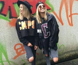 lisa and lena image