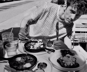 troye sivan, troye, and black and white image