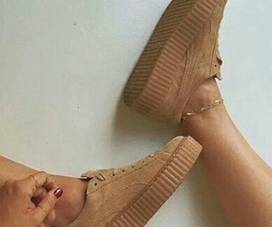 beige, chaussure, and puma image