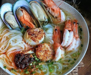noodles, seafood, and foodporn image