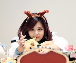momo, tzuyu, and twice image