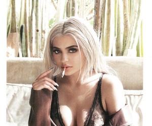 kardashian and kylie jenner image