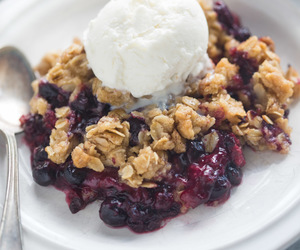 berries, crisp, and oats image