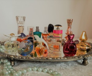 perfumes, vintage, and minatures image