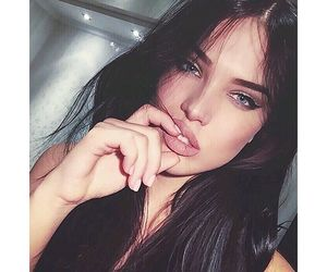 Adriana Lima, bae, and Dreamgirl image