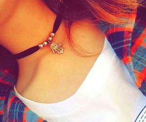collar bones, gargantilla, and clavícula image